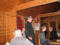 Metsästysseuran puheenjohtaja Unto Kukkonen toivottaa tervetulleeksi peijjaisvieraat 40-vuotisjuhlassa 19.10.2012